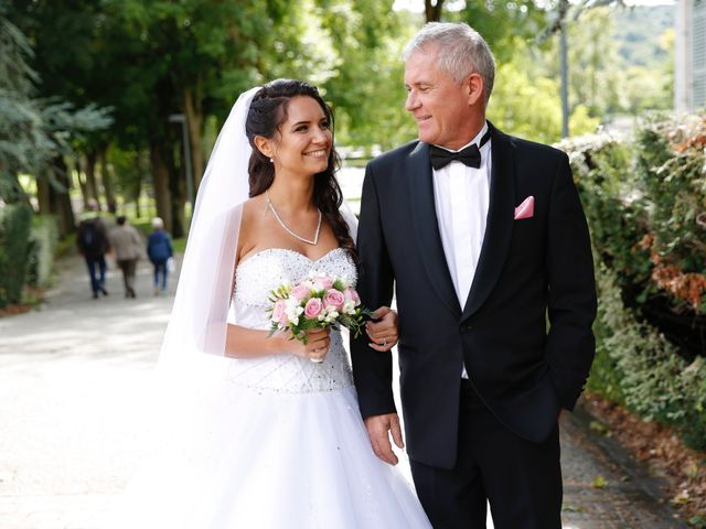 Le mariage de Mathias et Eléna à Les Ulis, Essonne 15