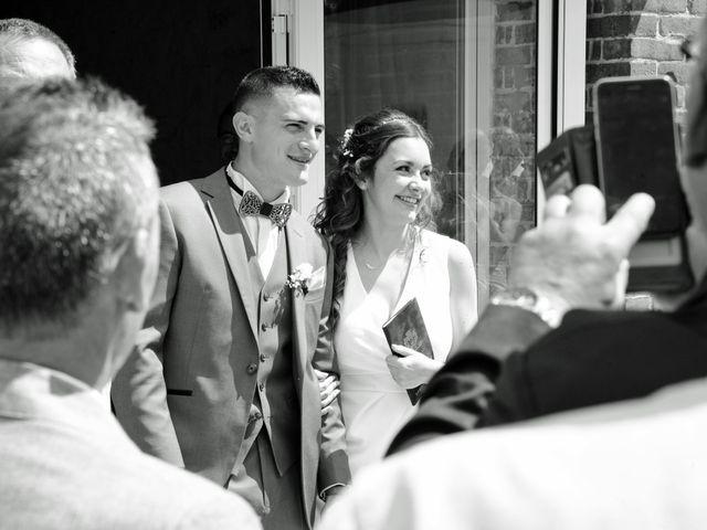 Le mariage de Evan et Ornella à Château-sur-Epte, Eure 44