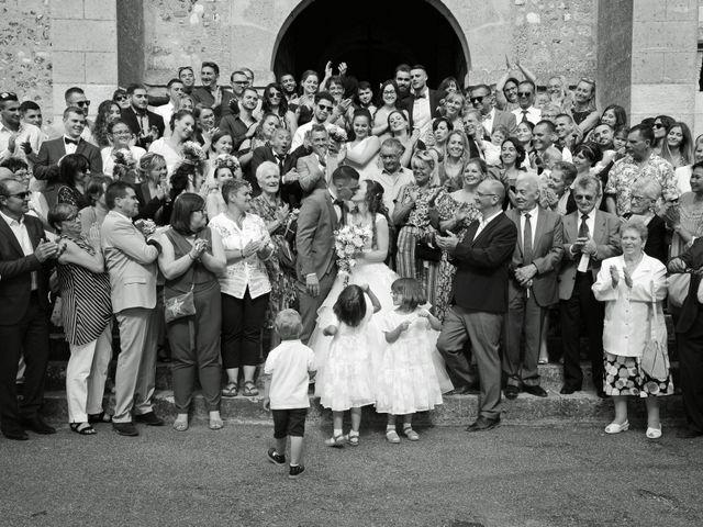 Le mariage de Evan et Ornella à Château-sur-Epte, Eure 64