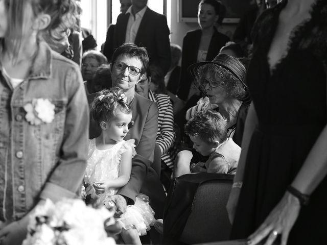 Le mariage de Fabien et Julie à Pont-de-Pany, Côte d'Or 14