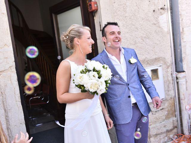 Le mariage de Fabien et Julie à Pont-de-Pany, Côte d'Or 18