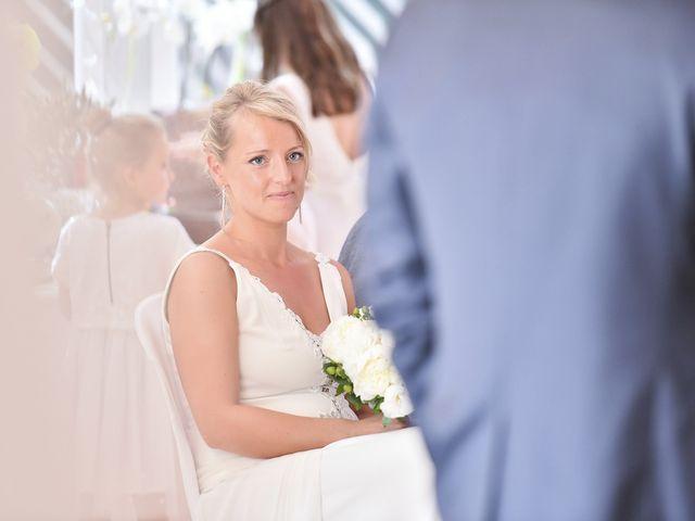 Le mariage de Fabien et Julie à Pont-de-Pany, Côte d'Or 30