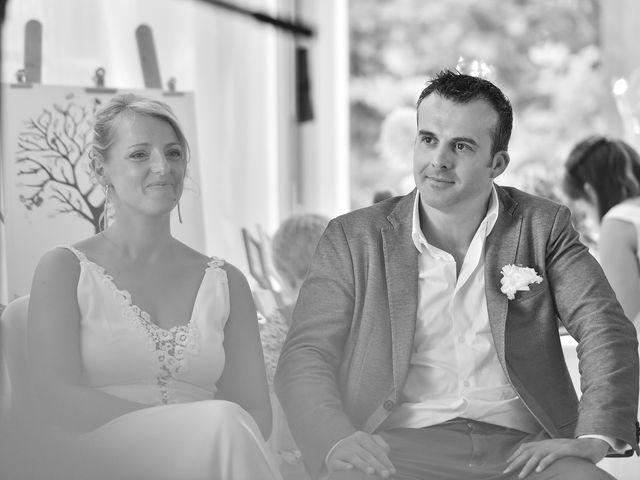 Le mariage de Fabien et Julie à Pont-de-Pany, Côte d'Or 31