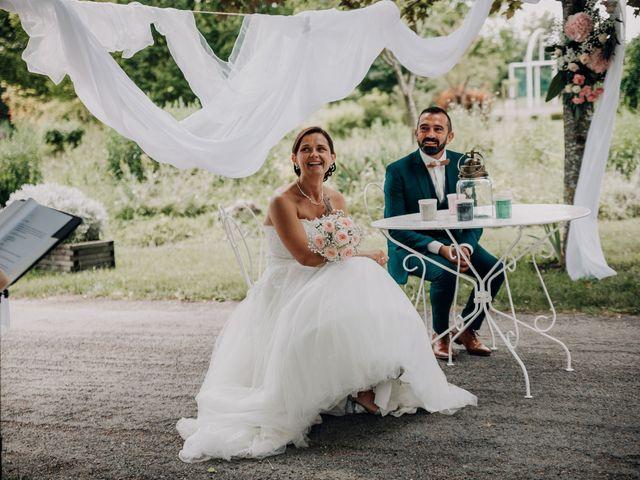 Le mariage de Benoit et Virginie à Gensac-la-Pallue, Charente 10