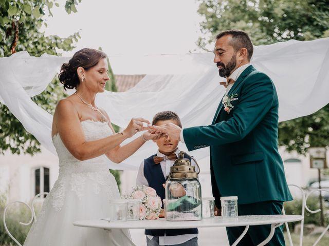 Le mariage de Benoit et Virginie à Gensac-la-Pallue, Charente 11