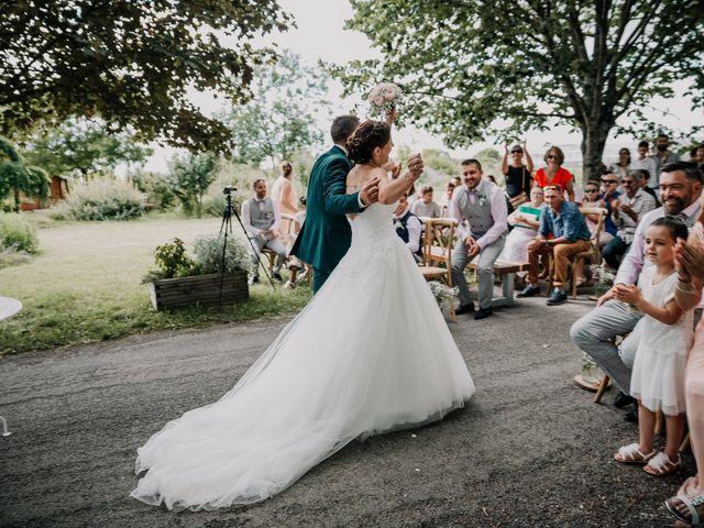 Le mariage de Benoit et Virginie à Gensac-la-Pallue, Charente 12