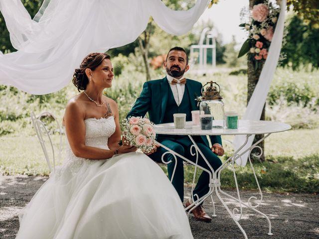 Le mariage de Benoit et Virginie à Gensac-la-Pallue, Charente 9