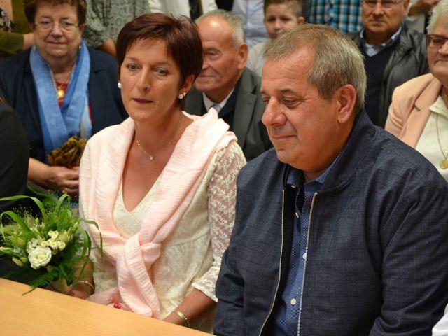 Le mariage de Francis et Isabelle à Buchy, Seine-Maritime 10