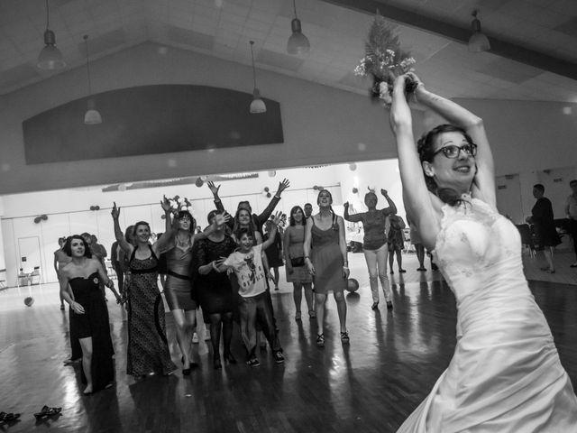 Le mariage de Tanguy et Emilie à Brétignolles-sur-Mer, Vendée 1