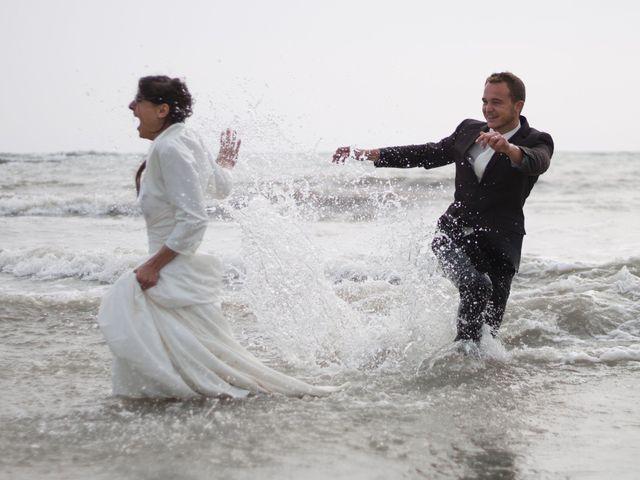 Le mariage de Tanguy et Emilie à Brétignolles-sur-Mer, Vendée 3