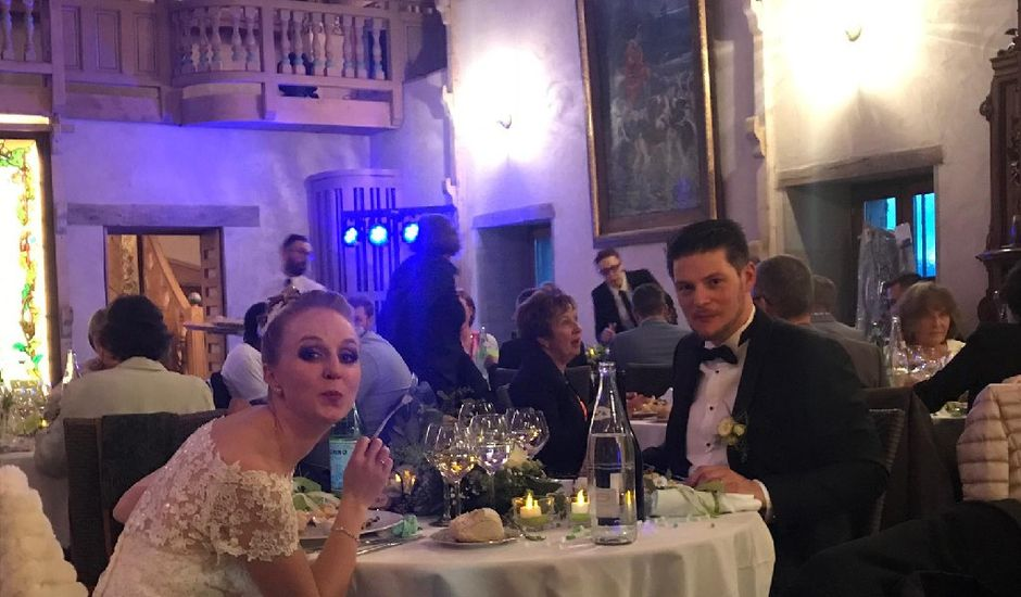 Le mariage de Bertrand et Tiffany  à Marigny-Saint-Marcel, Haute-Savoie