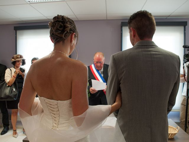 Le mariage de Aurélien et Pauline à Louvemont, Haute-Marne 1