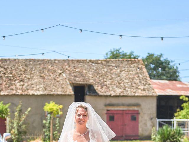 Le mariage de Clément et Aurélie à Changé, Sarthe 3