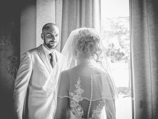 Le mariage de Clément et Aurélie à Changé, Sarthe 2