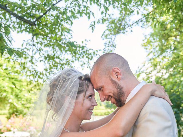 Le mariage de Clément et Aurélie à Changé, Sarthe 1