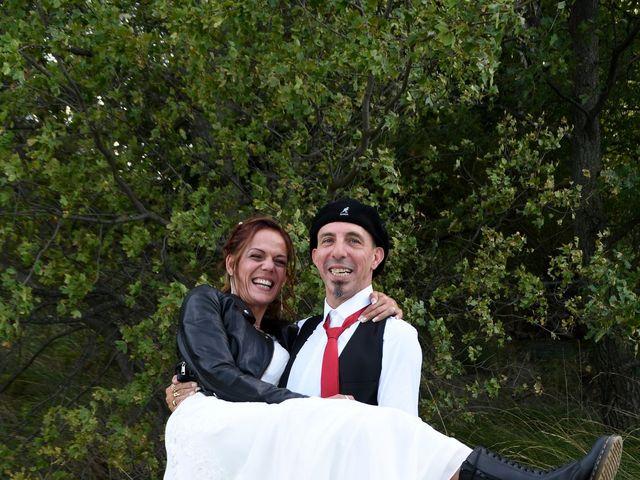 Le mariage de Joe et Séverine à Piolenc, Vaucluse 18