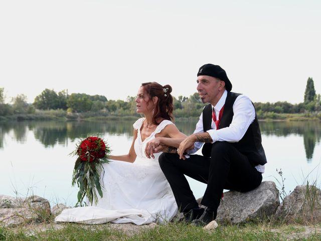 Le mariage de Joe et Séverine à Piolenc, Vaucluse 21
