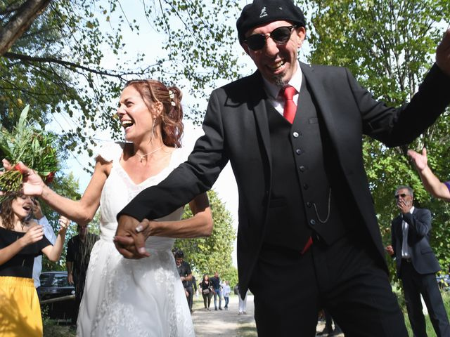 Le mariage de Joe et Séverine à Piolenc, Vaucluse 30