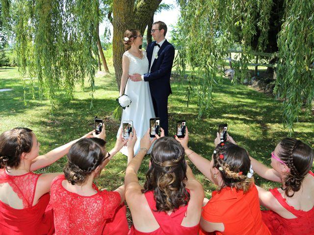 Le mariage de Clément et Aurélie à Les Touches, Loire Atlantique 1