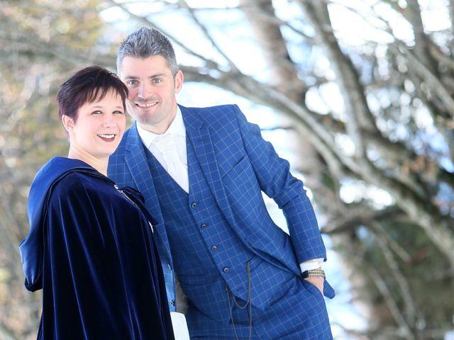 Le mariage de Guillaume et Cécilia à Saint-André-le-Gaz, Isère 39