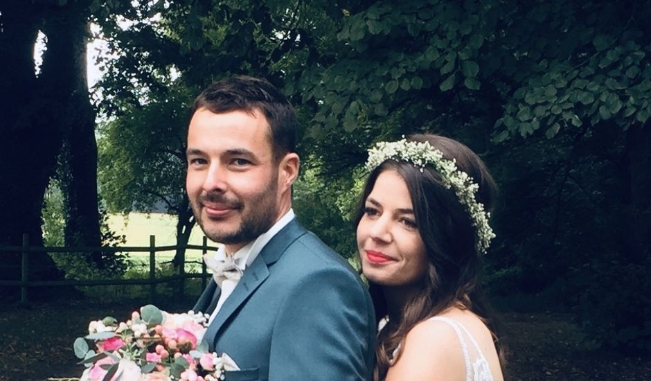 Le mariage de Nicolas  et Adeline à Doué-la-Fontaine, Maine et Loire