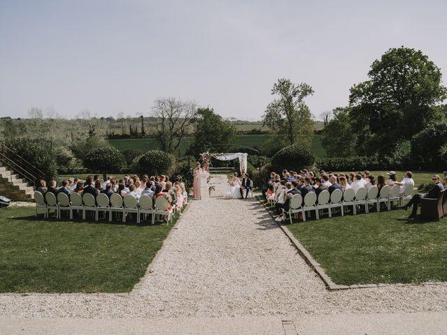 Le mariage de Benjamin et Laura à Quimper, Finistère 71