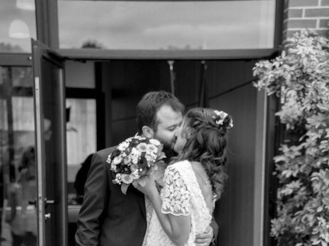 Le mariage de Damien et Claire à Montigny-le-Bretonneux, Yvelines 6