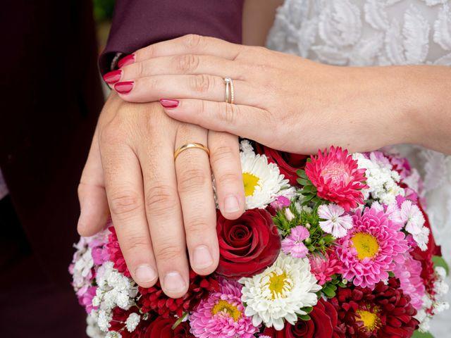 Le mariage de Damien et Claire à Montigny-le-Bretonneux, Yvelines 7