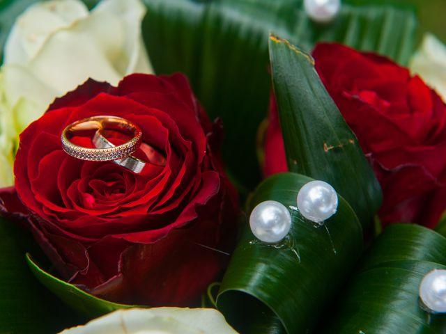 Le mariage de QUENTIN et SABINE à Bordeaux, Gironde 2
