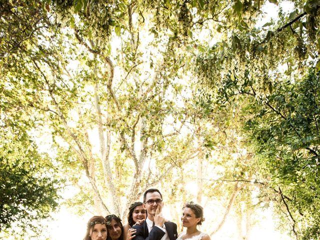 Le mariage de Yoann et Emilie à Maillane, Bouches-du-Rhône 15