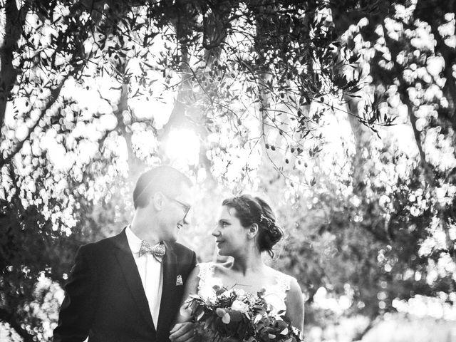 Le mariage de Yoann et Emilie à Maillane, Bouches-du-Rhône 23