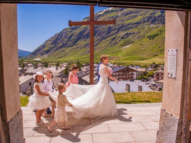Le mariage de Cédric et Carla à Bessans, Savoie 6