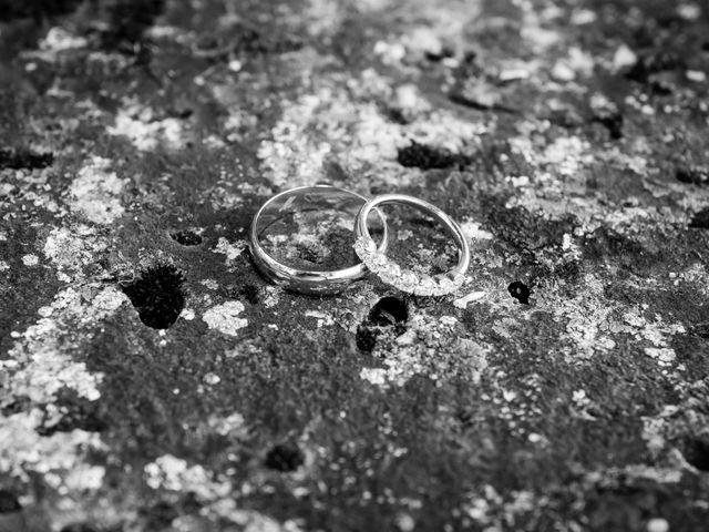 Le mariage de Vincent et Marlène à LE GOND PONTOUVRE , Charente 63