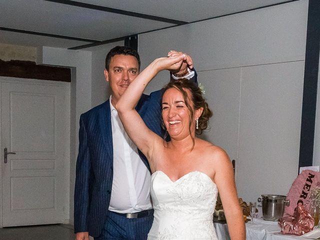 Le mariage de Vincent et Marlène à LE GOND PONTOUVRE , Charente 120