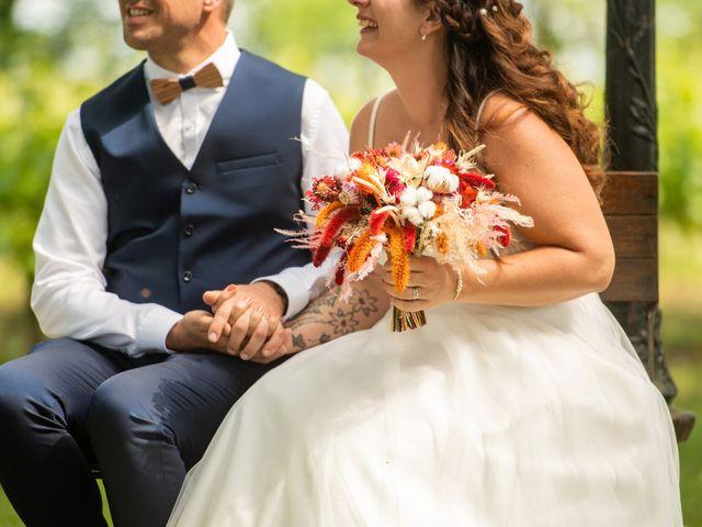 Le mariage de Cyril et Dorothée à Cubzac-les-Ponts, Gironde 20