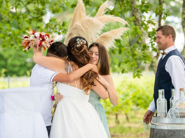 Le mariage de Cyril et Dorothée à Cubzac-les-Ponts, Gironde 23