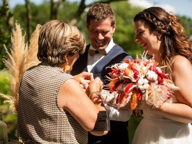 Le mariage de Cyril et Dorothée à Cubzac-les-Ponts, Gironde 26