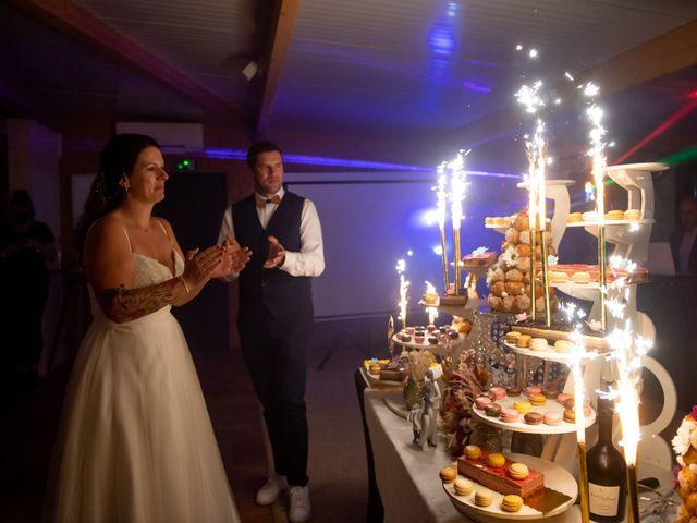 Le mariage de Cyril et Dorothée à Cubzac-les-Ponts, Gironde 57