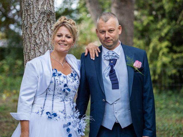 Le mariage de Ludovic et Valérie à Le Val-David, Eure 9