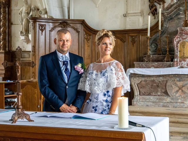 Le mariage de Ludovic et Valérie à Le Val-David, Eure 16