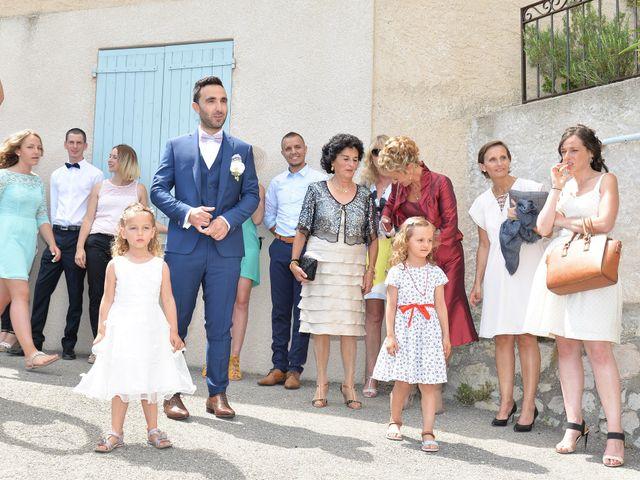 Le mariage de Ludovic et Laetitia à Montfort, Alpes-de-Haute-Provence 32