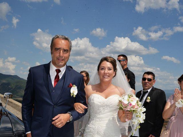 Le mariage de Ludovic et Laetitia à Montfort, Alpes-de-Haute-Provence 33