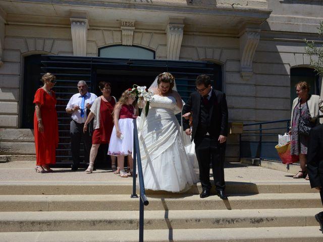 Le mariage de Gaëlle et Nicolas à Saint-Saturnin-lès-Avignon, Vaucluse 25