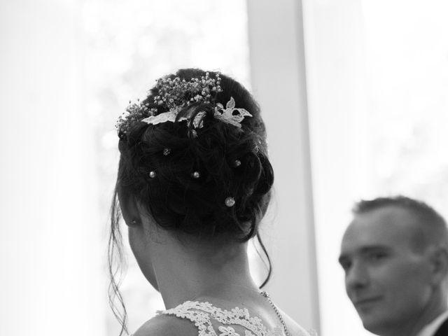 Le mariage de Julien et Caroline à Autrans, Isère 9