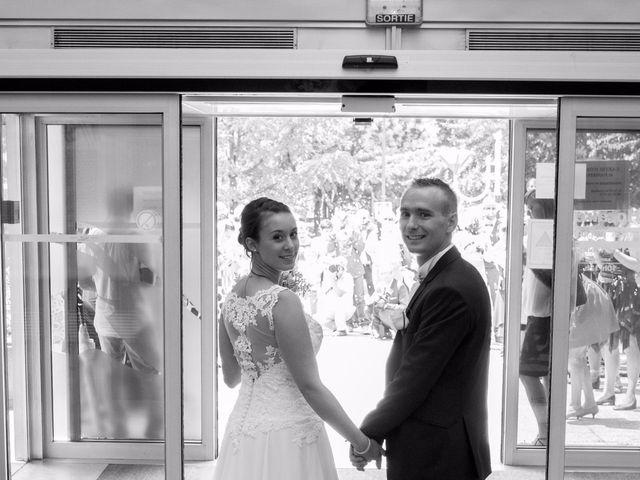Le mariage de Julien et Caroline à Autrans, Isère 11