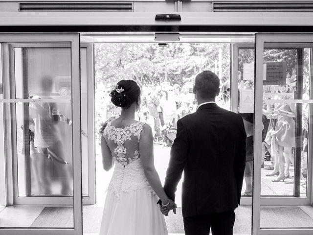 Le mariage de Julien et Caroline à Autrans, Isère 15