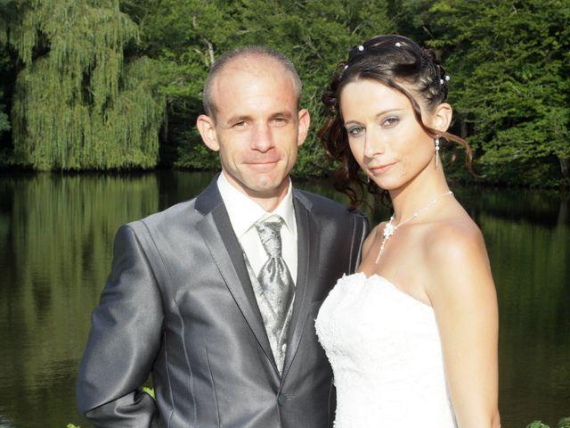 Le mariage de Thomas et Sandy à Coëtmieux, Côtes d'Armor 24