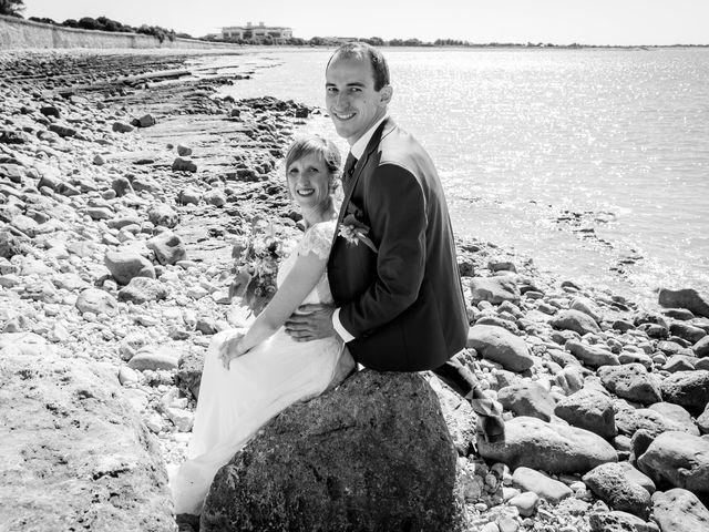 Le mariage de Yvan et Annelise à Benon, Charente Maritime 37