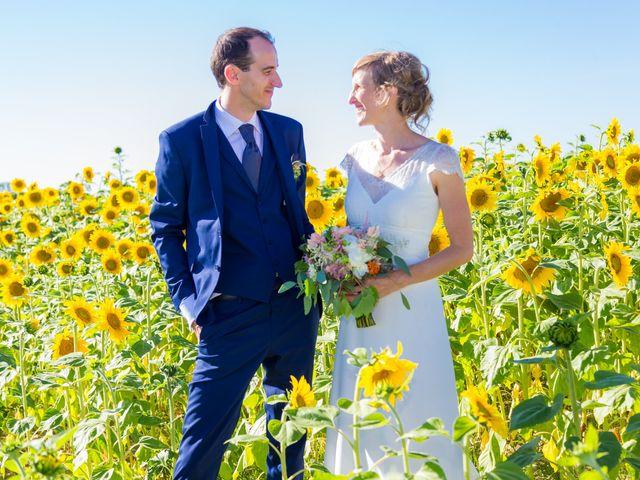 Le mariage de Yvan et Annelise à Benon, Charente Maritime 56