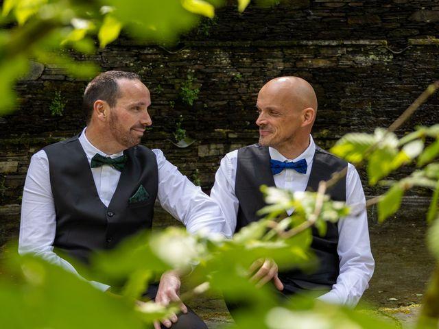 Le mariage de Sylvain et Jean à Roudouallec, Morbihan 5